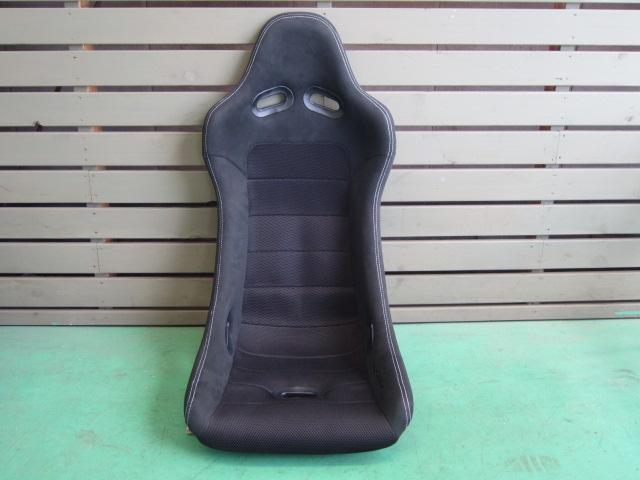 CORN'Sバケットシート(競技用:ブラック/シルバーステッチ)